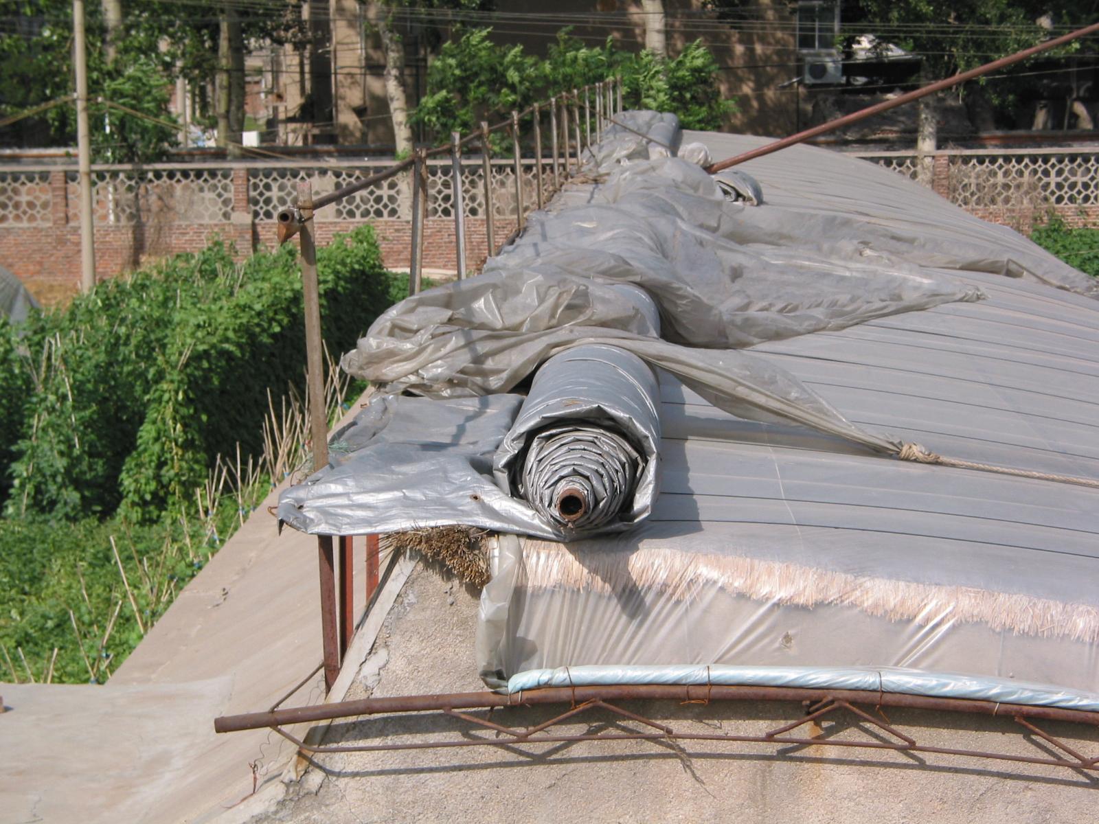 Insulating Blanket Energy Farms